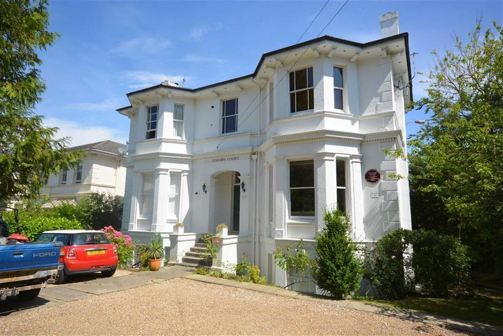 2 Bedrooms Flat for sale in Beulah Road, Tunbridge Wells, Kent