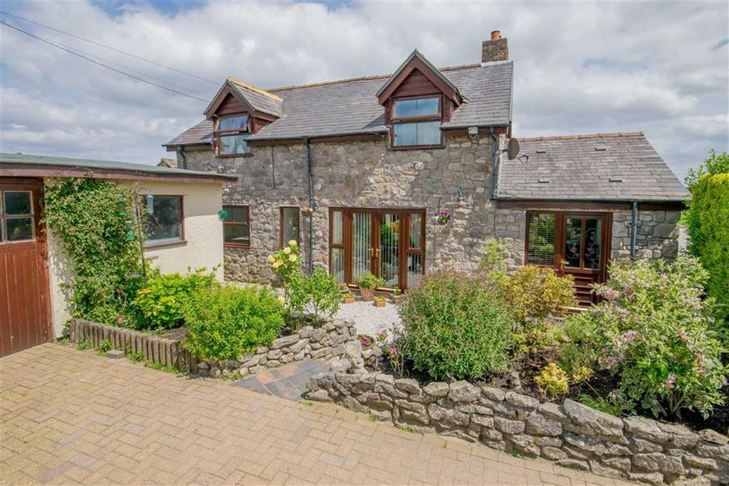 4 Bedrooms Link Detached House for sale in Pen Y Ball, Holywell