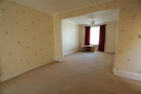 4 bedroom townhouse - Haverfordwest