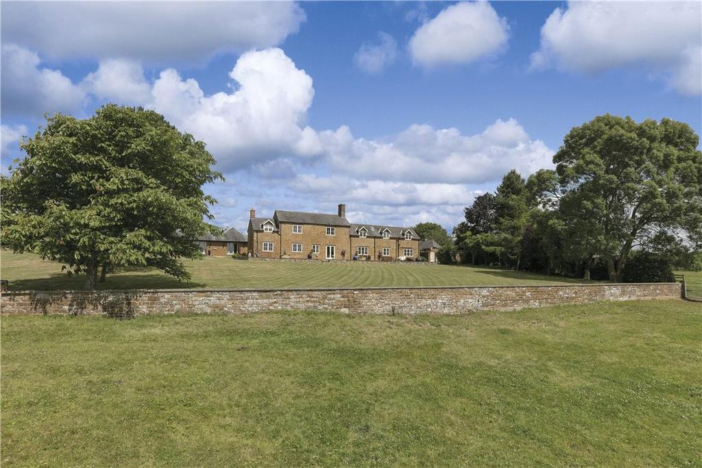 6 Bedrooms Farm House Character Property for sale in Adstone, Towcester, Northamptonshire, NN12