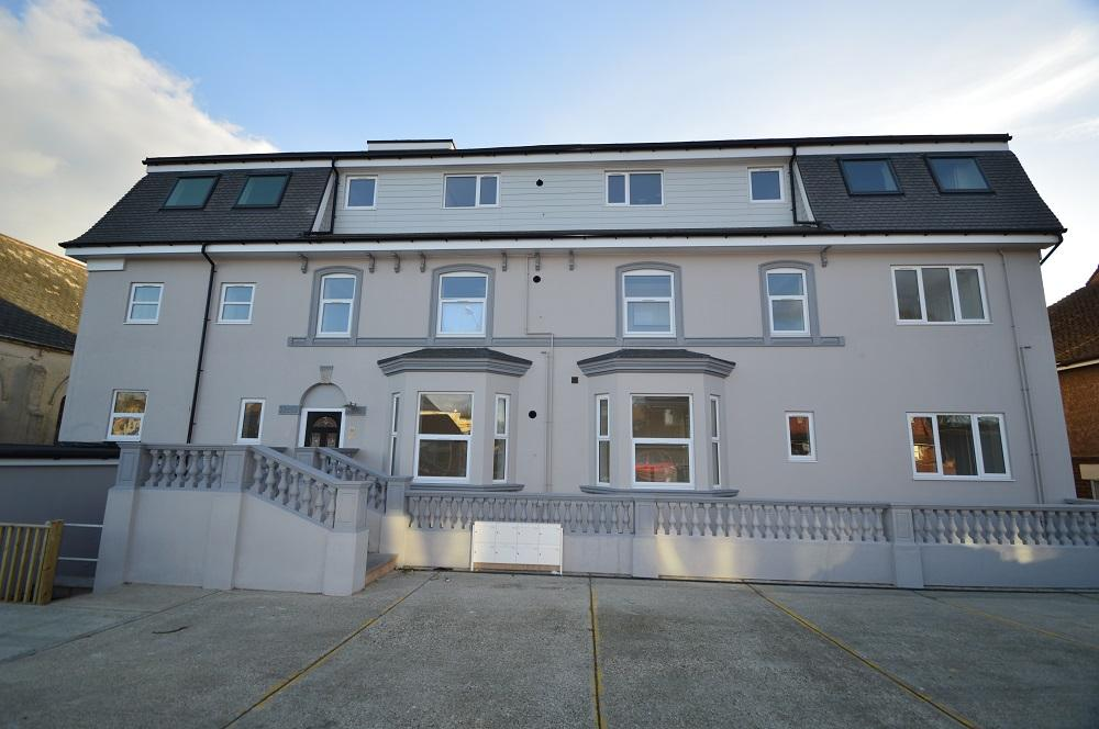 2 Bedrooms Flat for sale in The Ridge, Hastings TN34