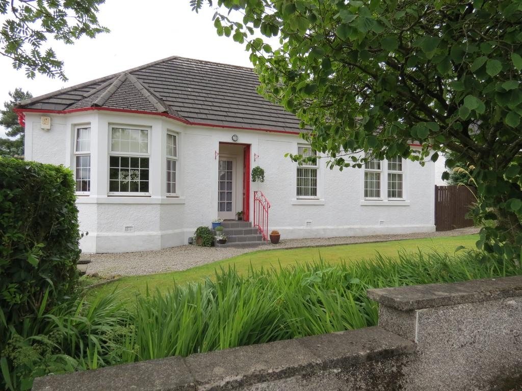 3 Bedrooms Detached Bungalow for sale in Southfield Avenue, Paisley PA2