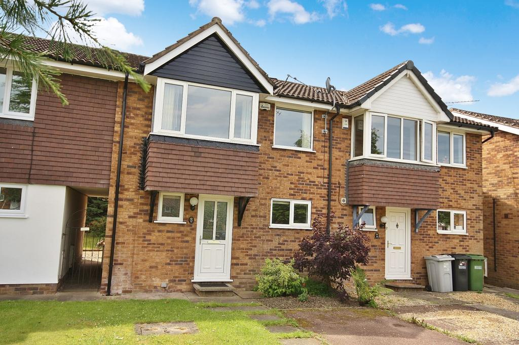 3 Bedrooms Mews House for sale in Larchwood Drive, Wilmslow