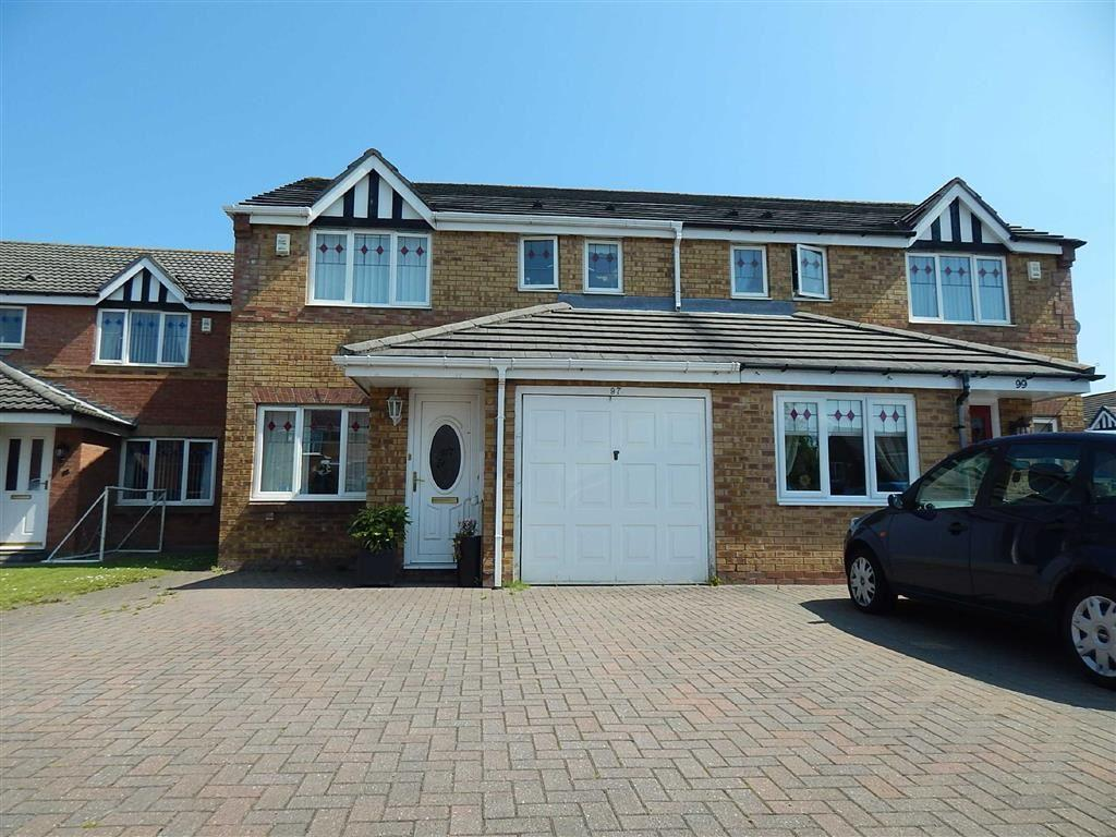 3 Bedrooms Semi Detached House for sale in Bede Close, Holystone, Newcastle Upon Tyne, NE12