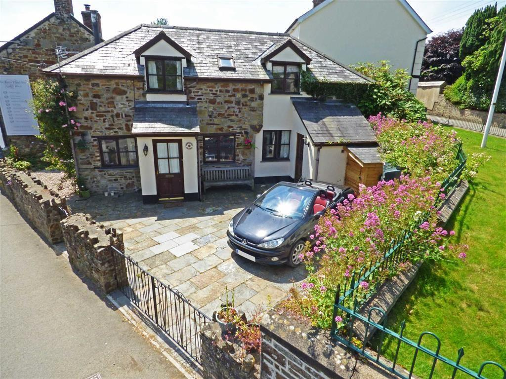 3 Bedrooms Detached House for sale in South Street, Dolton, Winkleigh, Devon, EX19