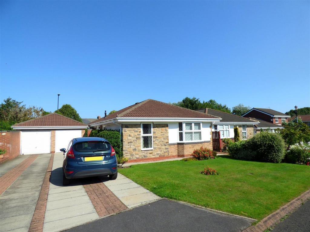 3 Bedrooms Detached Bungalow for sale in Sutherland Grange, New Herrington, Houghton Le Spring