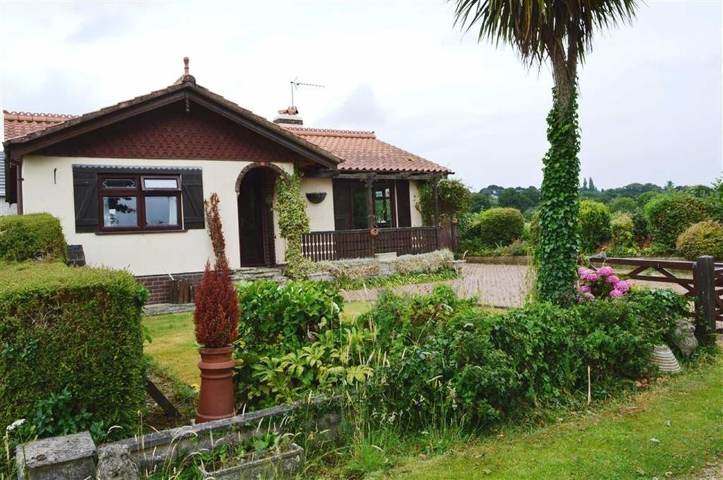 2 Bedrooms Detached Bungalow for sale in Leigh Lane, Wimborne, Dorset