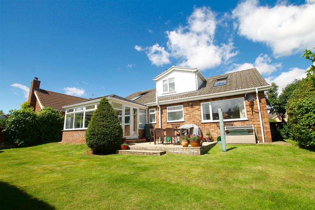 5 Bedrooms Detached House for sale in The Link, Wellingore, Lincoln