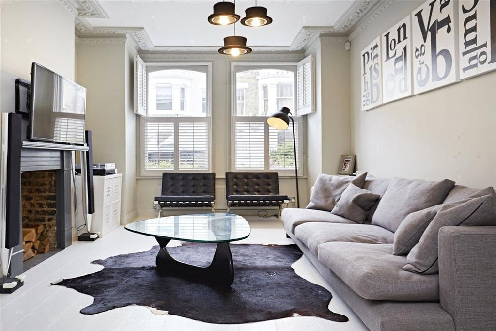 5 Bedrooms Maisonette Flat for sale in Tournay Road, Fulham, London, SW6