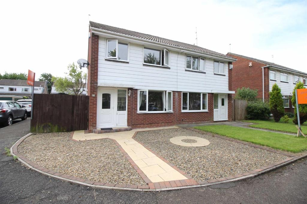 3 Bedrooms Semi Detached House for sale in Huntingdon Close, Kingston Park, Newcastle Upon Tyne