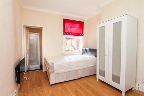 Studio to rent - Whitley Street, Reading