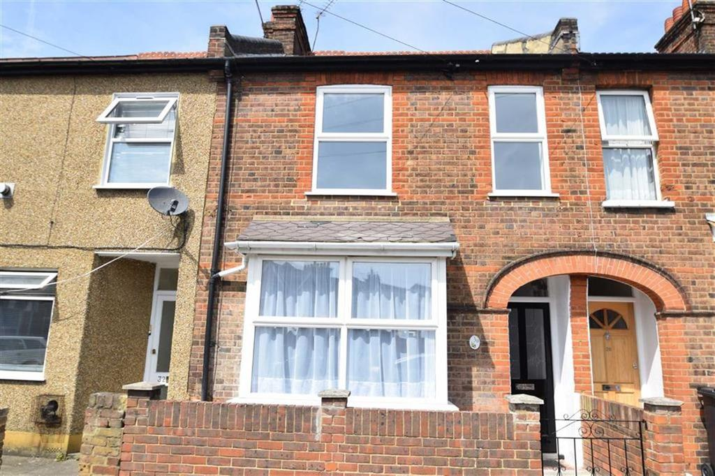 3 Bedrooms Terraced House for sale in Percy Road, Watford, Herts