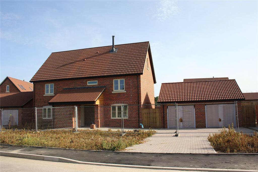 5 Bedrooms Detached House for sale in Plot 12 Poppy Fields, Burlingham Road, East Harling, Norwich, NR16