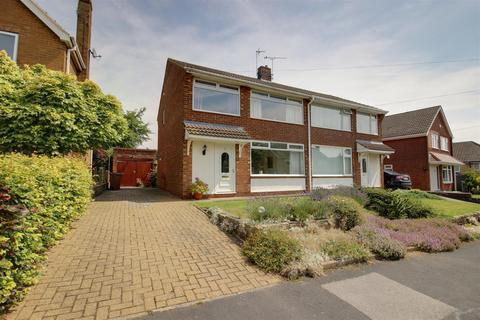 3 bedroom semi-detached house for sale - Kerry Pit Way, Kirk Ella, Hull