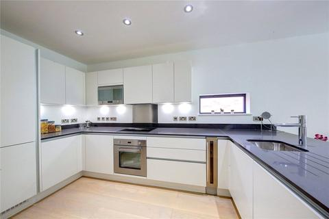2 bedroom flat for sale - 18A, South Bank, KT6