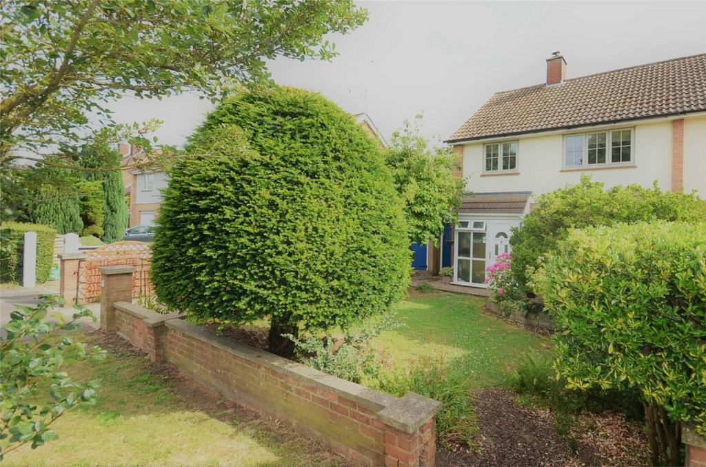 3 Bedrooms Semi Detached House for sale in Shefford Road, CLIFTON, Bedfordshire