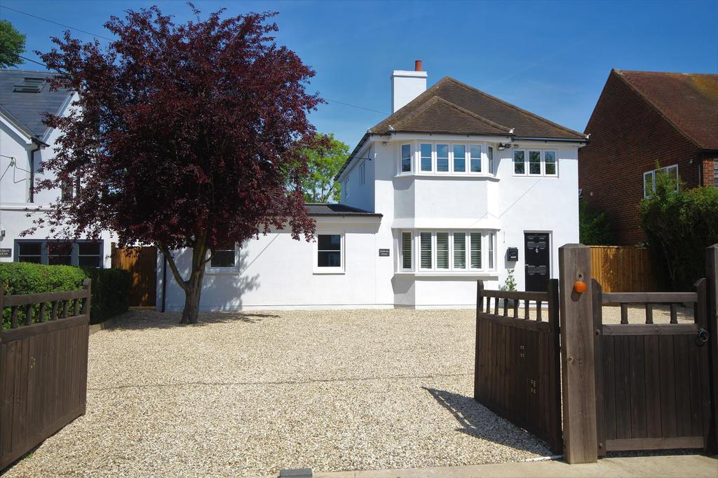 5 Bedrooms Detached House for sale in Broadmoor Road, Waltham St. Lawrence, Reading