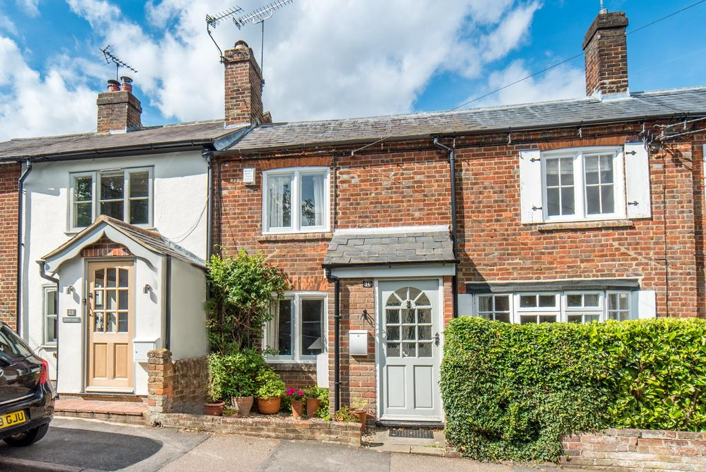 2 Bedrooms Terraced House for sale in The Front, Potten End, Berkhamsted HP4
