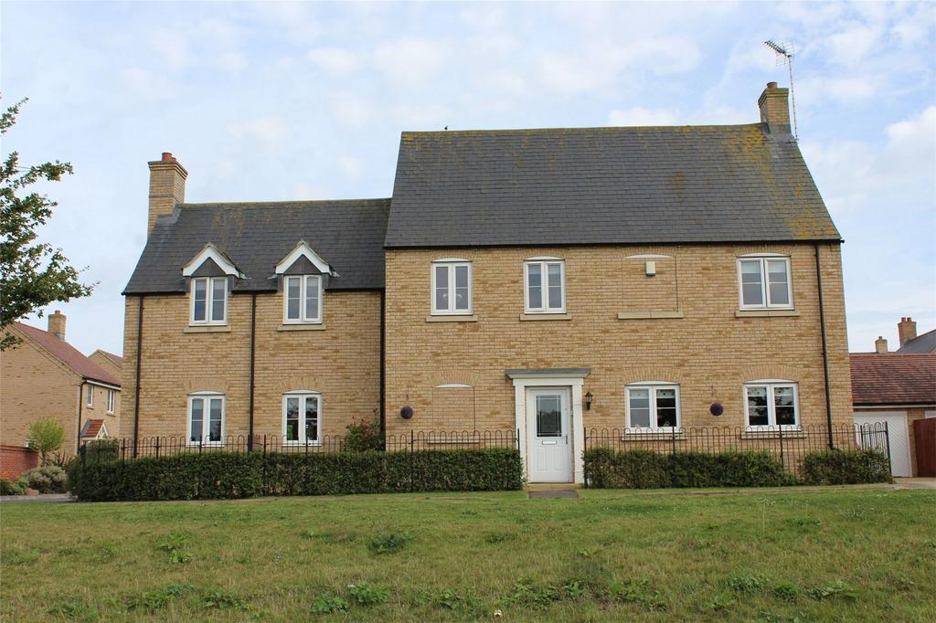 5 Bedrooms Detached House for sale in Gentian Gardens, Stotfold, Hitchin, Hertfordshire