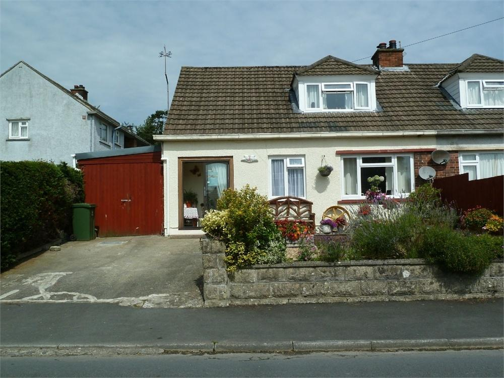 2 Bedrooms Semi Detached Bungalow for sale in Maesyderi, Llechryd, Cardigan, Ceredigion