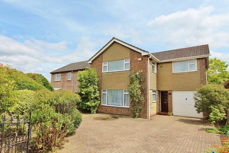 4 Bedrooms Detached House for sale in Charlton Road, Keynsham, Bristol