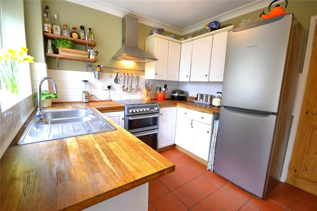 3 Bedrooms Semi Detached House for sale in The Farthings, Pontprennau, Cardiff, CF23