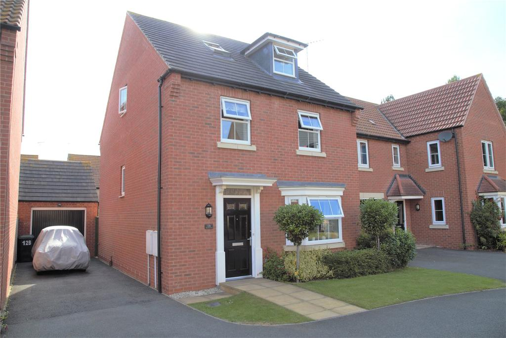 4 Bedrooms Detached House for sale in Murrayfield Avenue, Greylees, NG34