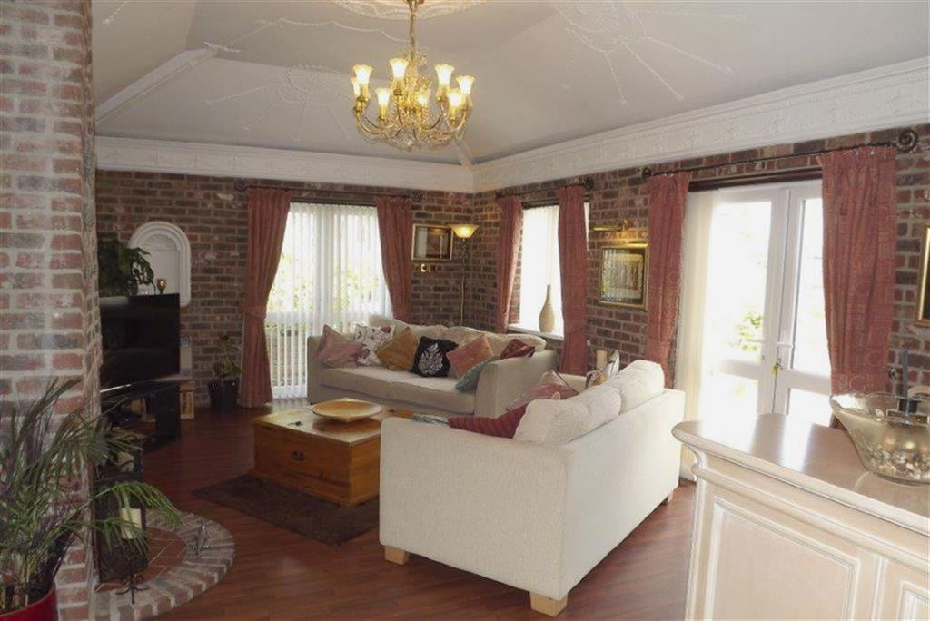 3 Bedrooms Detached Bungalow for sale in Horse Carr View, Ardsley, Barnsley, S71