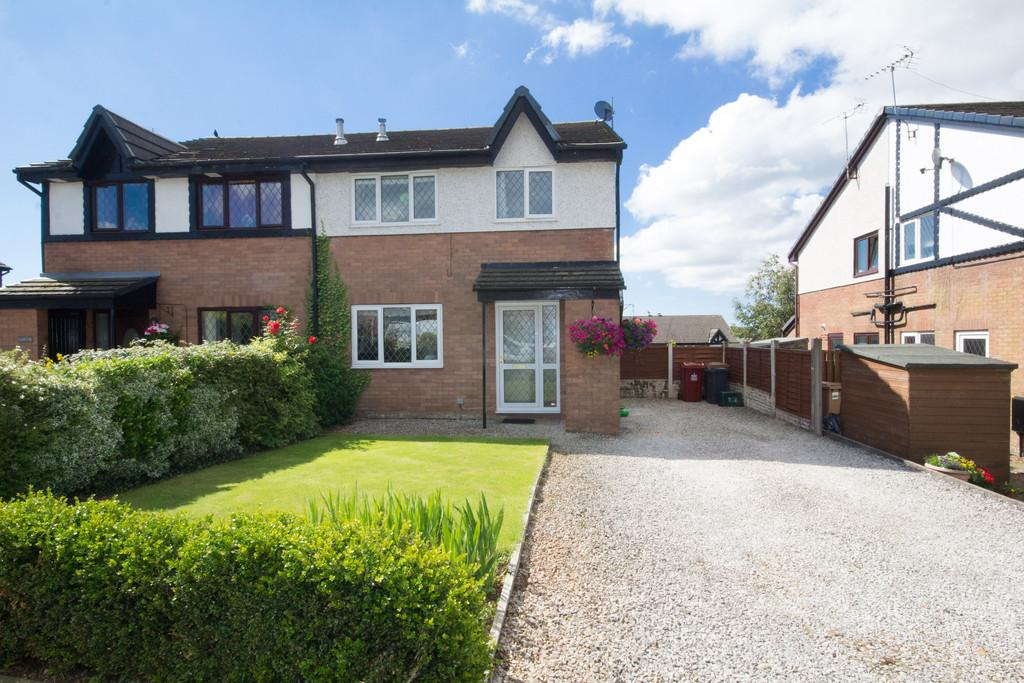 2 Bedrooms Mews House for sale in Stainton Drive, Dalton-In-Furness