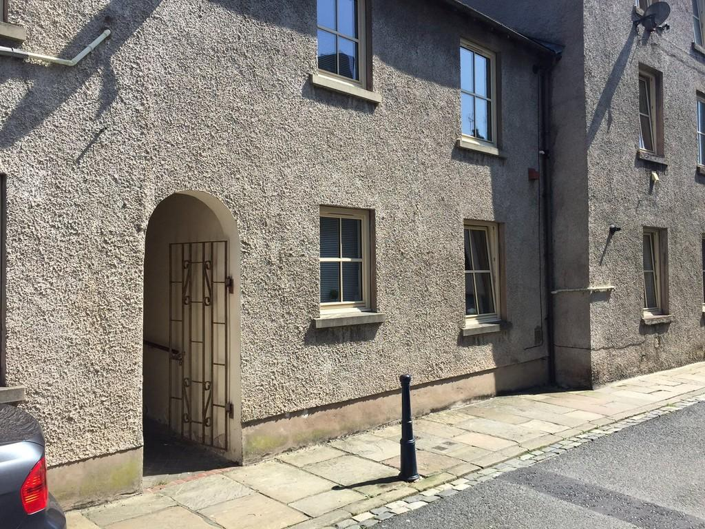 1 Bedroom Ground Flat for sale in Leather Lane, Ulverston