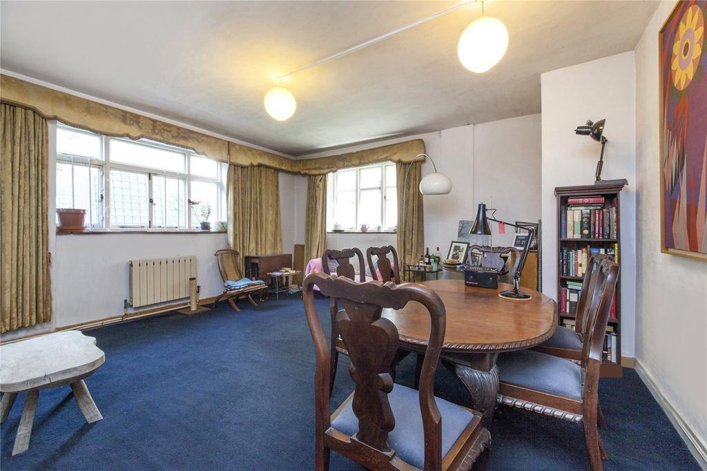 1 Bedroom Flat for sale in St. Edmunds Court, 13-18 St. Edmunds Terrace, London