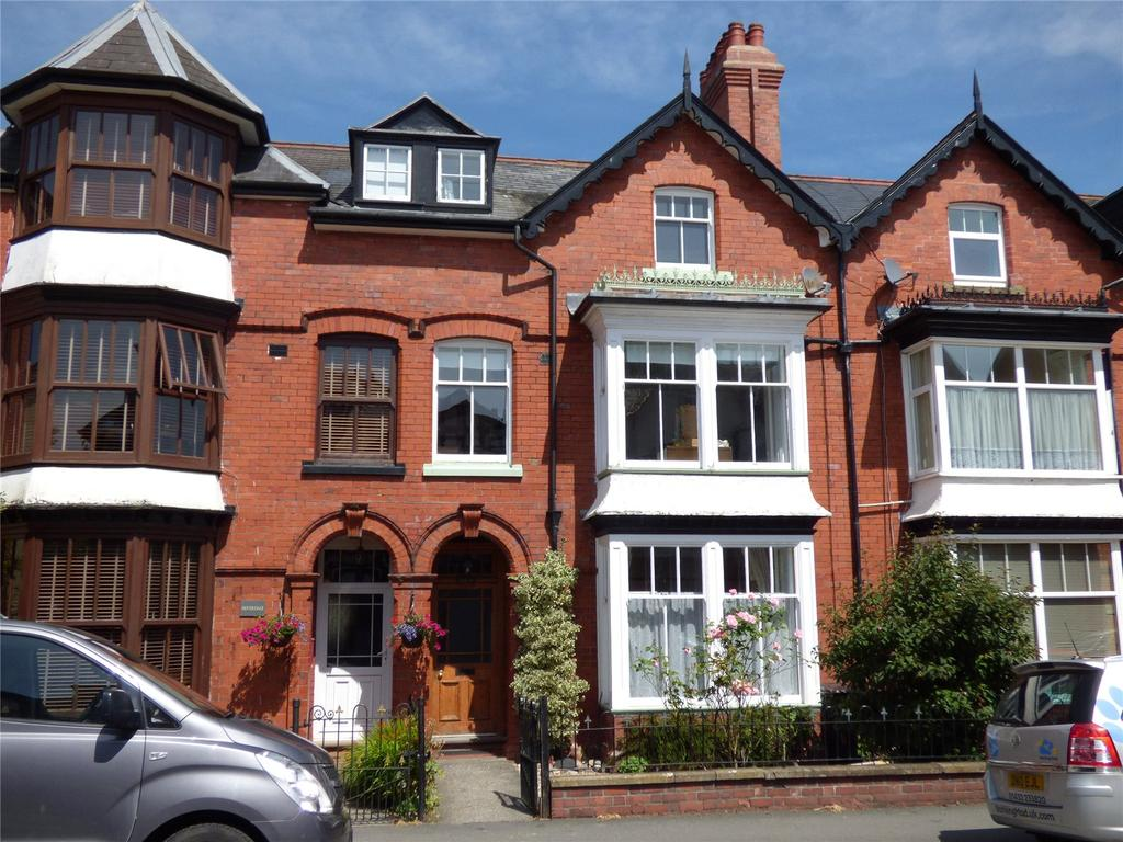 6 Bedrooms Terraced House for sale in Craig Road, Llandrindod Wells, Powys