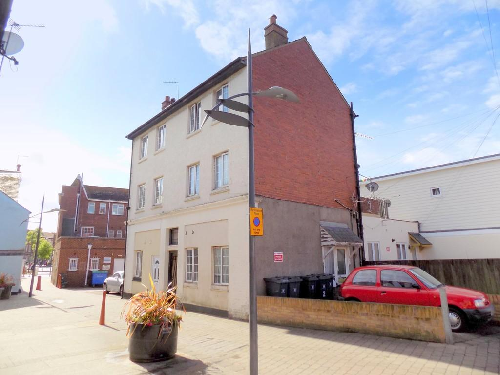 2 Bedrooms Maisonette Flat for sale in Manchester Road, Exmouth