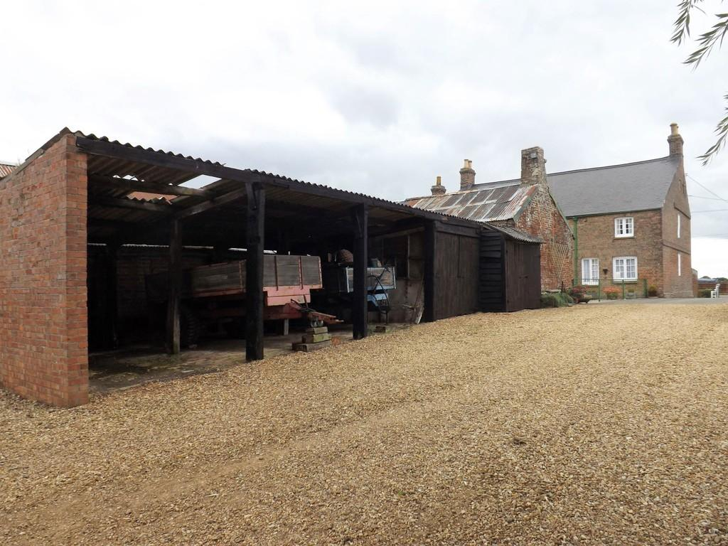 7 Bedrooms Farm House Character Property for sale in Main Road, Parson Drove