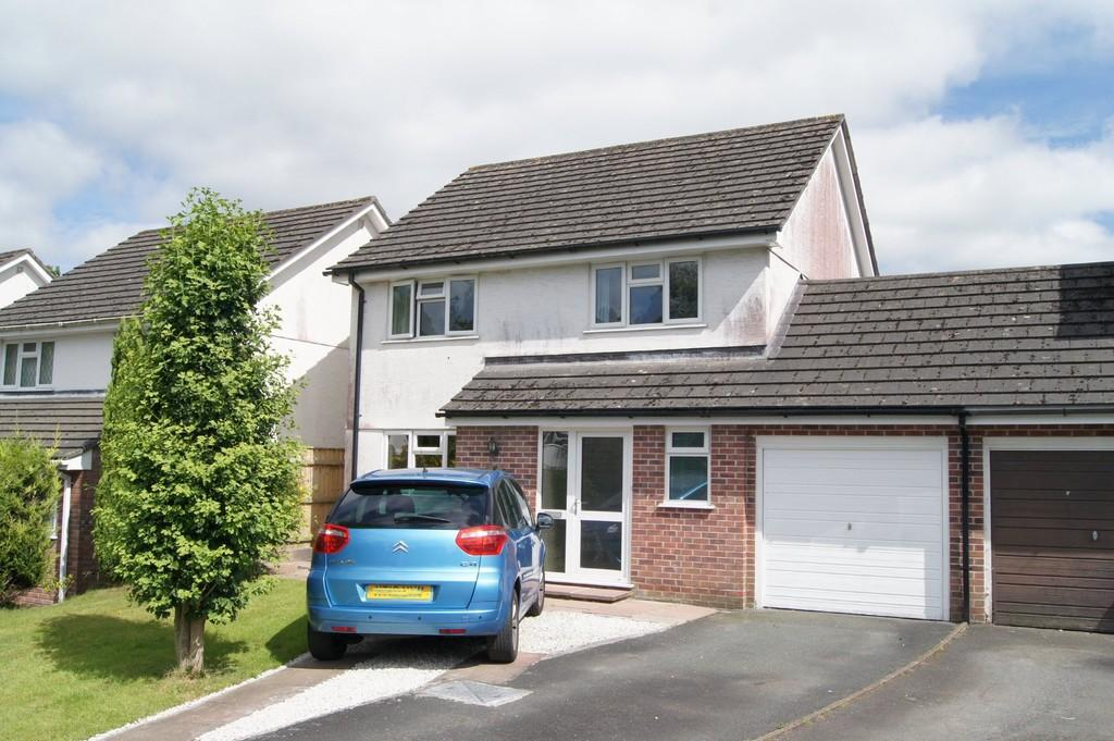 4 Bedrooms Link Detached House for sale in Tavistock