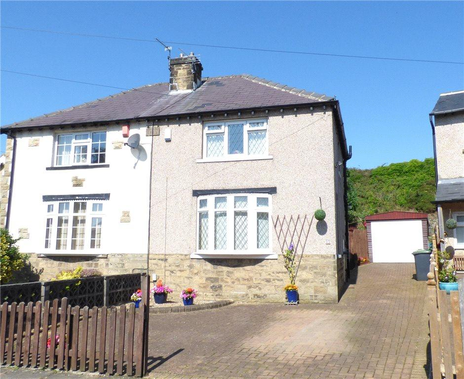 2 Bedrooms Semi Detached House for sale in Rylands Avenue, Gilstead, West Yorkshire