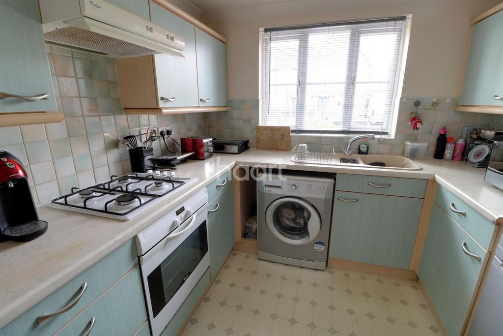3 Bedrooms Terraced House for sale in Landridge Drive, Enfield, EN1