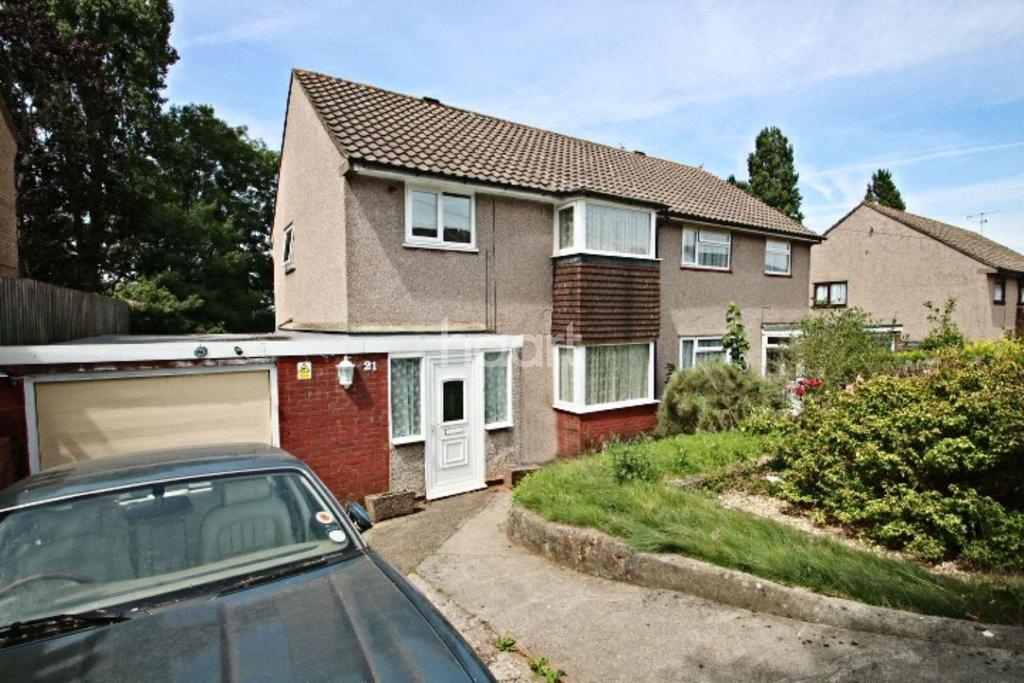 3 Bedrooms Semi Detached House for sale in Deans Mead