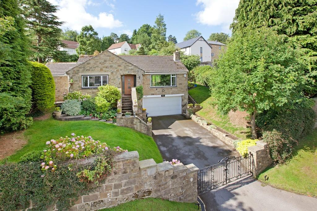 3 Bedrooms Detached Bungalow for sale in Parish Ghyll Drive, Ilkley