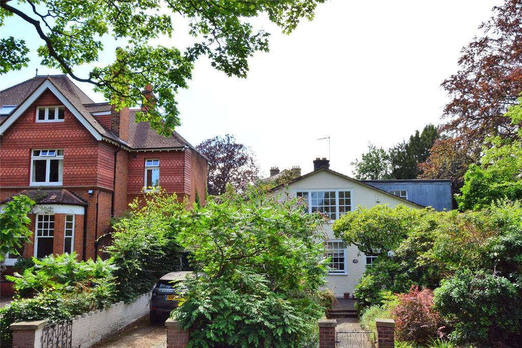 4 Bedrooms Detached House for sale in Pond Road, Blackheath, London, SE3