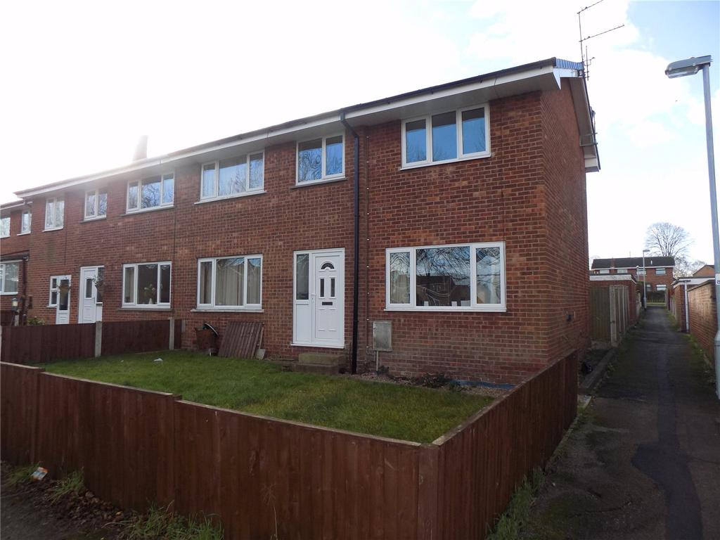 4 Bedrooms Semi Detached House for sale in Rochester Close, Worksop, Nottinghamshire, S81