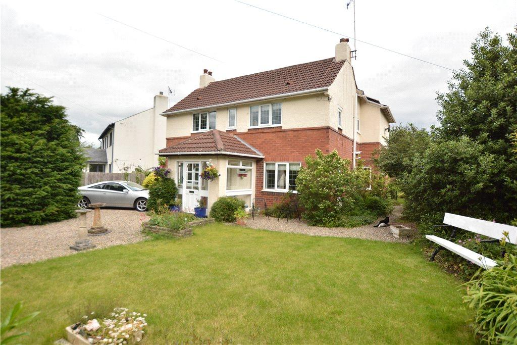 4 Bedrooms Detached House for sale in First Avenue, Bardsey, Leeds, West Yorkshire