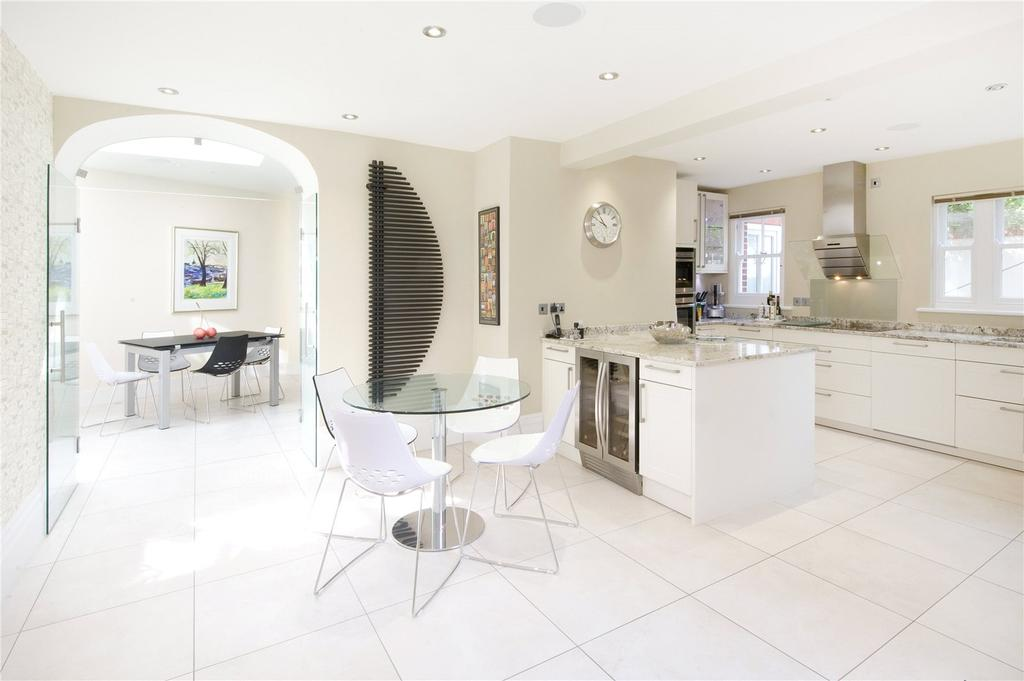 4 Bedrooms Semi Detached House for sale in King Henry's Road, Lewes, East Sussex