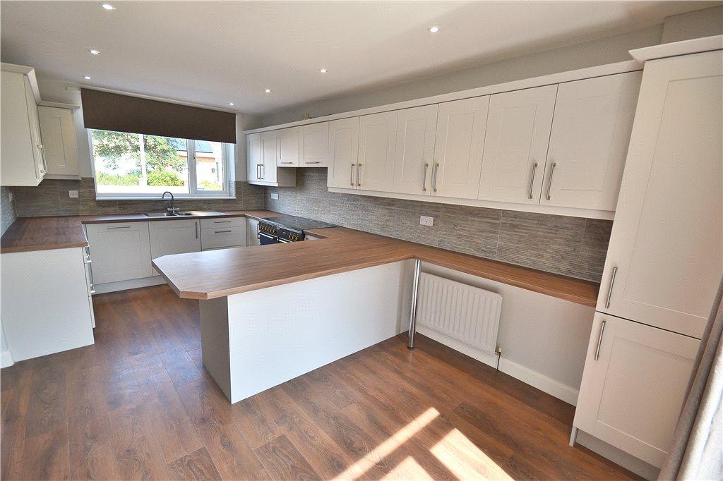 4 Bedrooms Semi Detached House for sale in Darlington Lane, Norton, Stockton-On-Tees