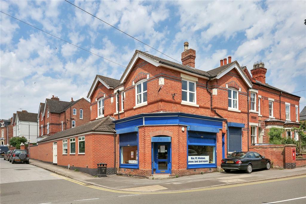 3 Bedrooms Detached House for sale in Bingham Road, Radcliffe On Trent, Nottingham