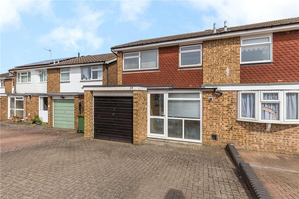 3 Bedrooms Semi Detached House for sale in Wych Elms, Park Street, St. Albans, Hertfordshire