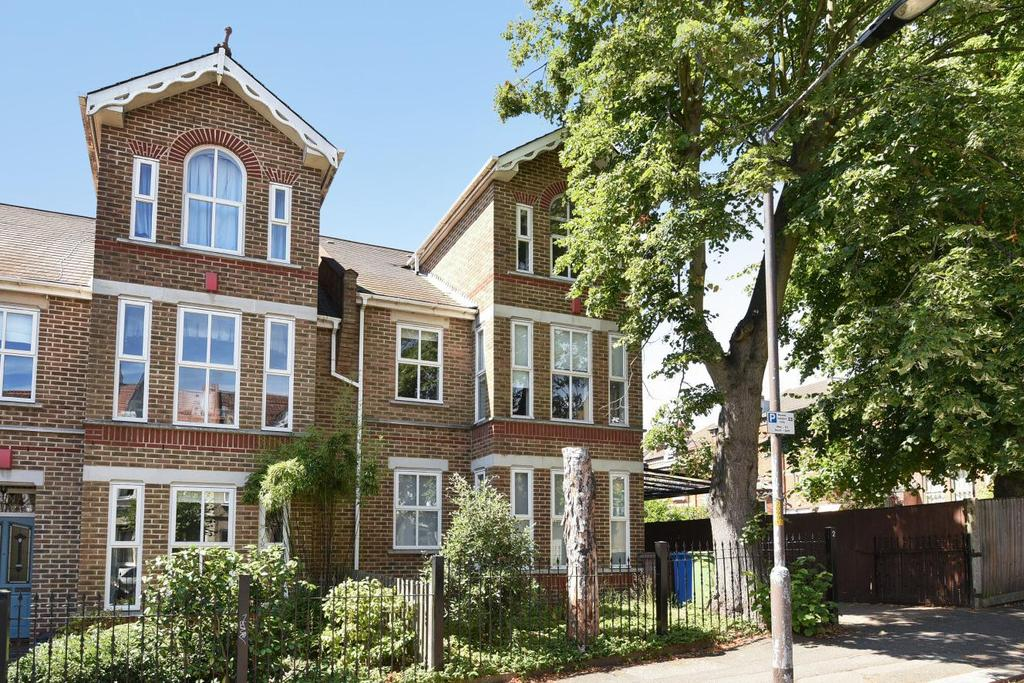 5 Bedrooms Terraced House for sale in Holmdene Avenue, Herne Hill