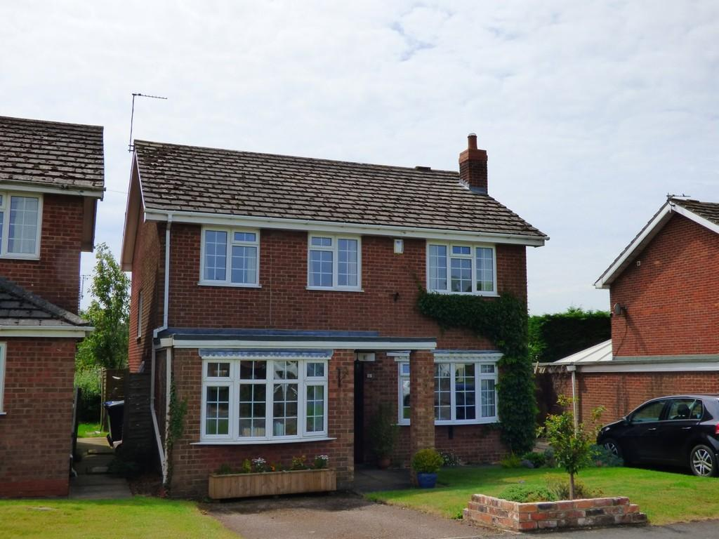 4 Bedrooms Detached House for sale in North Kelsey Road, Caistor