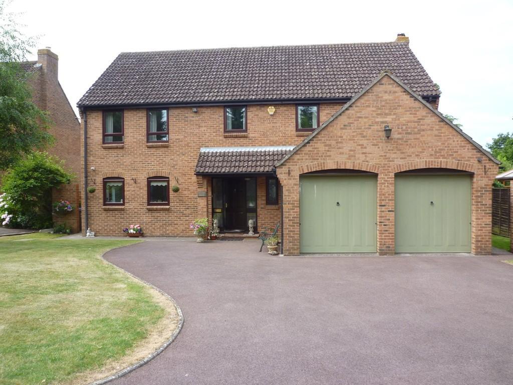 4 Bedrooms Detached House for sale in Oriel Close, Hilperton