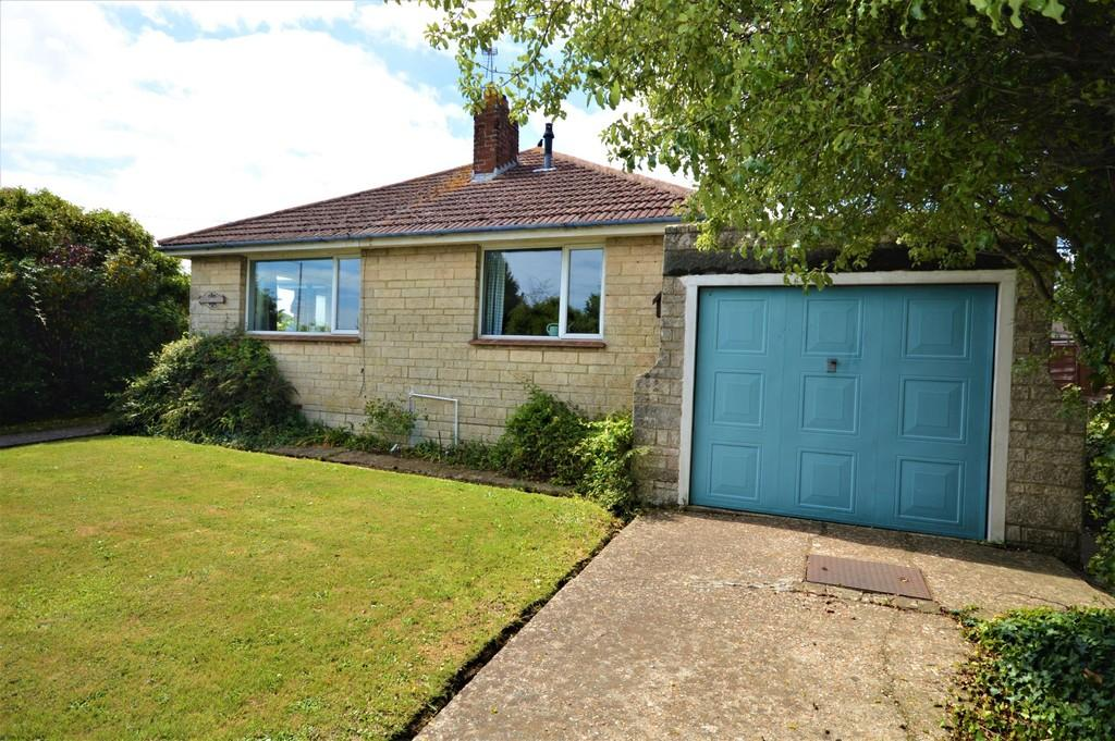 3 Bedrooms Detached Bungalow for sale in Morton Road, Sandown